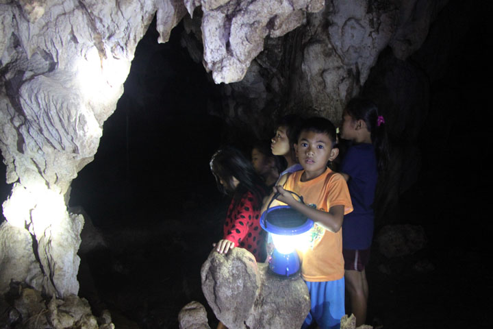 kids in cave2